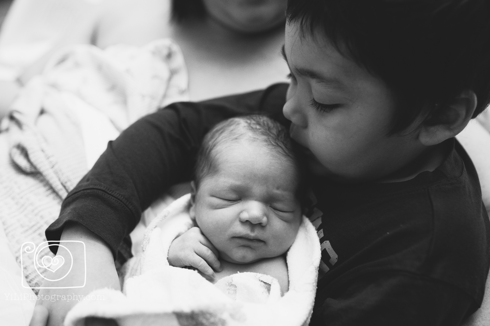 This never gets old {Issaquah hospital newborn photographer}