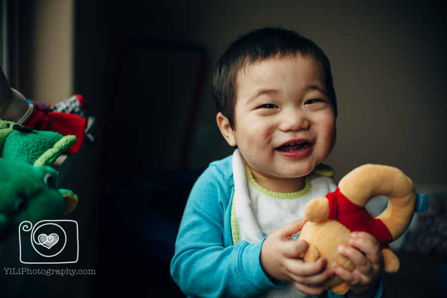 Seattle baby photographer, twin brother