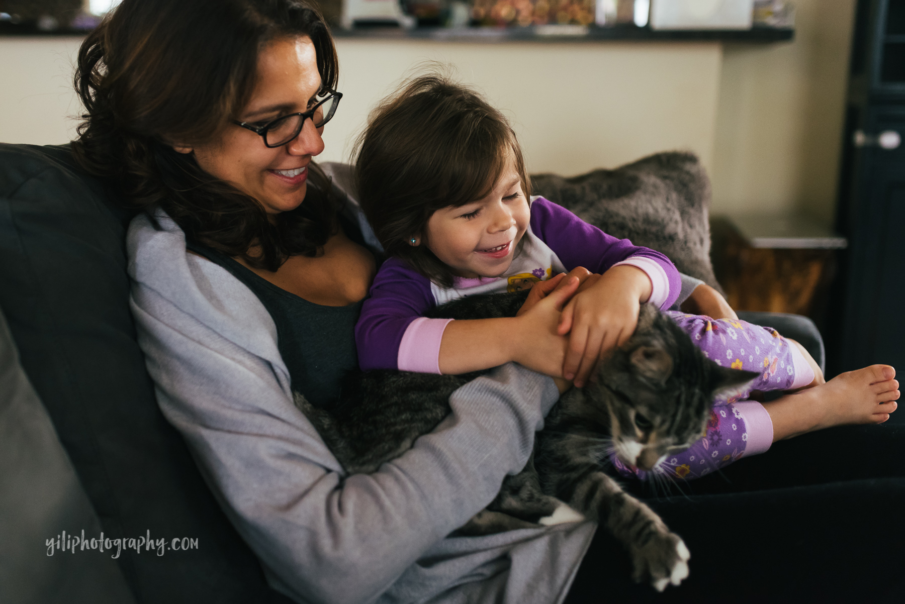 Seattle_Family_Photographer_at_home-1